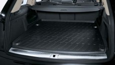 Q7 Boot Liner: 7 seater